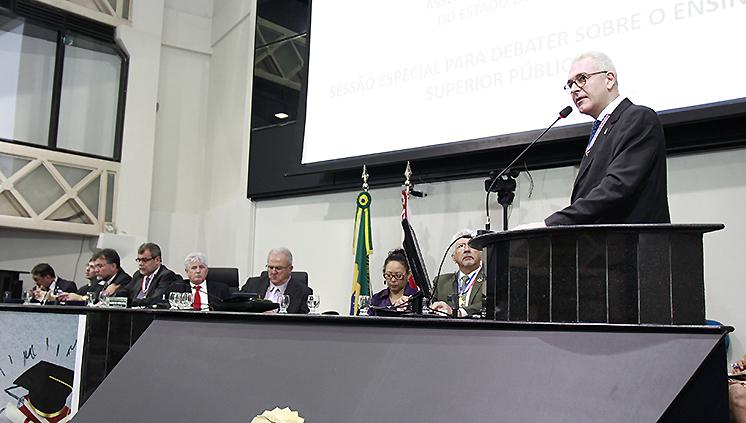 Sessão especial na Alepa discute os rumos do ensino superior no Pará