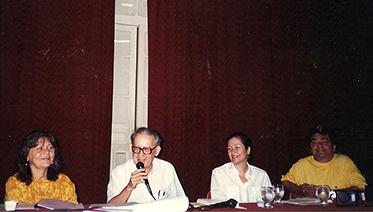 373x212 1998 Vicente Sales na abertura do primeiro ifnopap