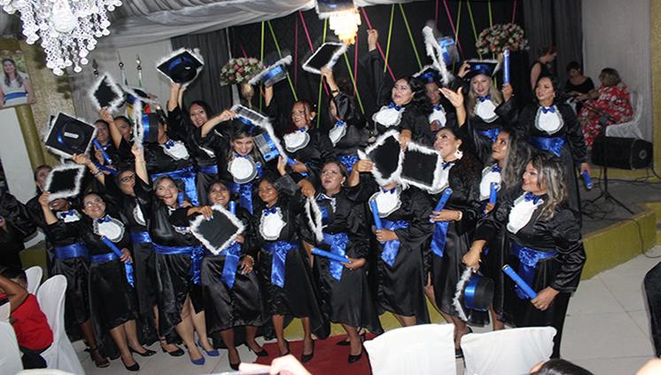 Barcarena recebe 26 professoras formadas em Artes Visuais pelo Parfor UFPA
