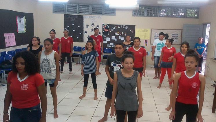 Projeto de extensão da ETDUFPA leva dança para escolas públicas e privadas