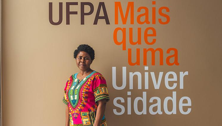 Professora angolana participa de intercâmbio acadêmico entre Brasil e Angola